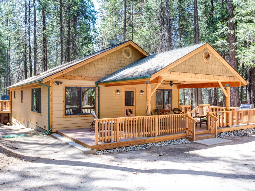 remote the this rentals a frame travel yosemite rental cabin cabins is perfect california retreat red