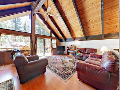 Photo for Quiet 4BR Cul-de-Sac Chalet, 3 Blocks to Heavenly