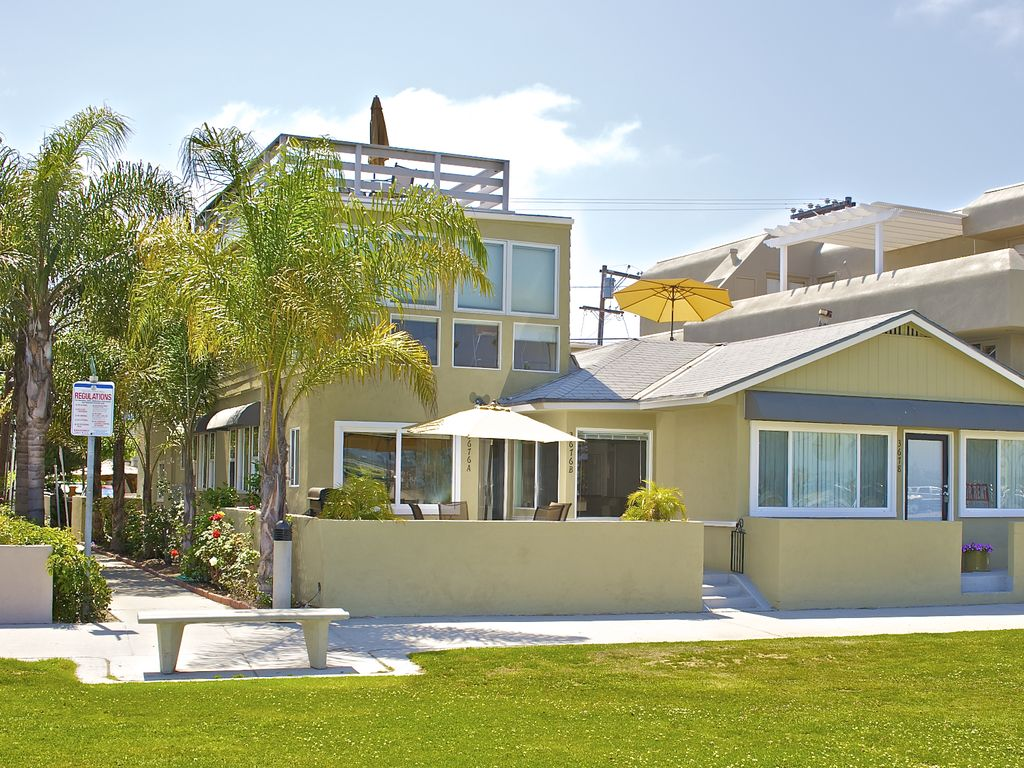 3676a B Waterfront 2 Separate Units 1 Vrbo