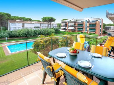 Photo for Apartment Medes Golf in Pals - 6 persons, 3 bedrooms