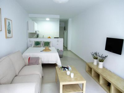 Photo for Apartamento  playa Canteras vista lateral  mar- WIFI GRATIS