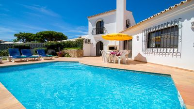 Photo for 2 bedroom Villa, sleeps 4 in Vale do Garrao with Pool, Air Con and WiFi