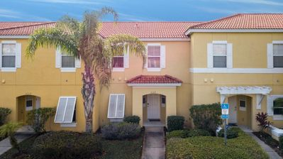 Photo for Gorgeous Encantada 3 Bedroom Townhouse Miles from Disney!