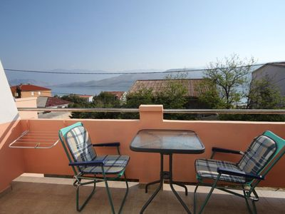Photo for One bedroom apartment with terrace and sea view Pag