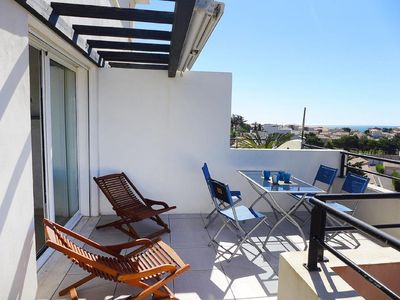 Photo for Beautiful duplex T3 with terrace and sea view