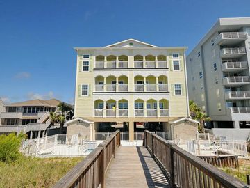 Aces Wild Club Oceanfront Home With Pool Great For Large Groups