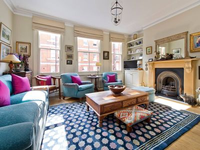 Photo for Delightful, Spacious 1-Bed Apartment in Chelsea
