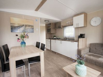 Lovely apartment for 4 people with WIFI, TV, pets allowed and parking