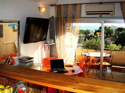 Photo for Apartment 4 pers. close to shops - Studio 4 People