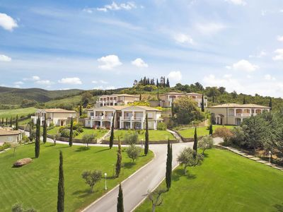 Photo for Apartment Il Pelagone Hotel & Golf Resort (GVR153) in Gavorrano - 6 persons, 2 bedrooms