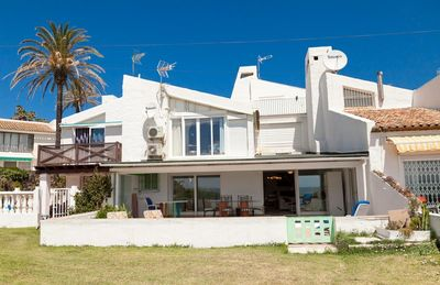 Photo for Beach house with WIFI, pool, parking and aircon, 5m from the beach and just 5min to Estepona port