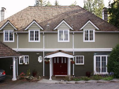 Photo for Creekside Forest Retreat Minutes from Downtown. Perfect for family reunion.