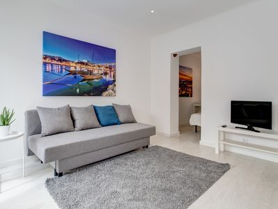 Photo for Classic apartment at Santos with easy access to city center near Cais do Sodre