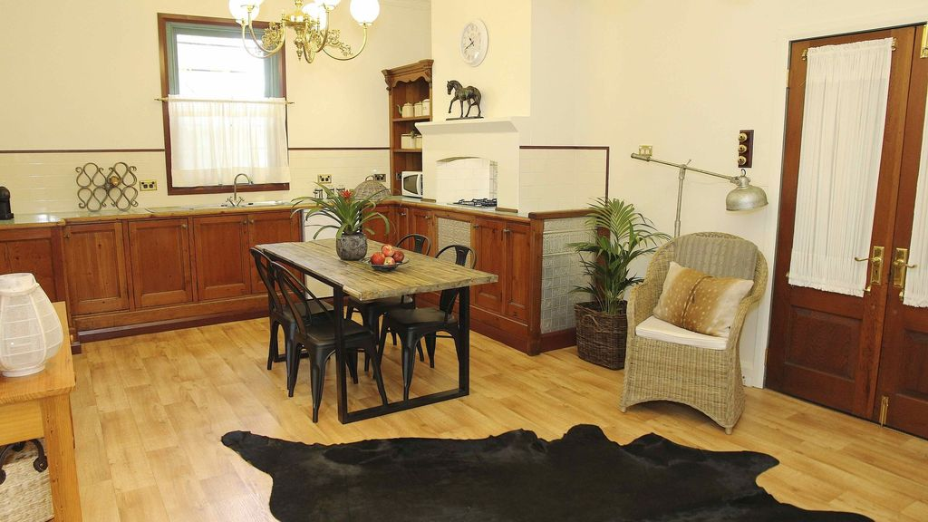 Character Loft Wohnung In Windsor