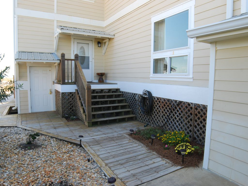 6 bedroom beach house direct beach front in orange beach for 9 bedroom beach house rental