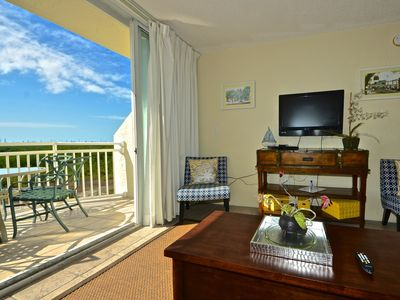 Photo for West-facing, Sunrise Suites condo w/ shared pool & hot tub, tennis, free parking