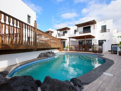 Photo for Fantastic Holiday Home with Pool, Wi-Fi, Balcony and Television
