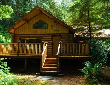 Photo for Family Vacation Getaway- Visit Mt Rainier & more!