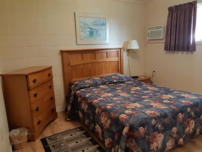 Photo for New London Bay Motel - Apartments and rooms in scenic location - New London Bay Motel - Deluxe 2 Queen Beds #8