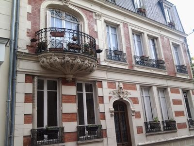 Charming and Elegant Townhouse in the heart of Historic Town Fontainebleau