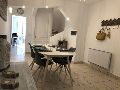 Photo for SERIGNAN spacious T3 renovated terrace near the sea
