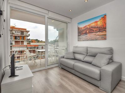 Photo for Apartment Sun Village, 150 m from the beach, WIFI, terrace.