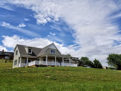 Photo for Quiet Home in Harrisonburg with Spectacular Shenandoah Valley Views.