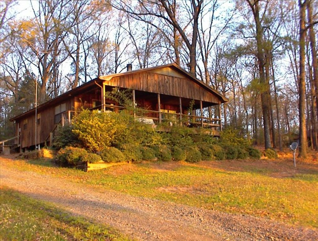 Toledo bend waterfront lake cottage homeaway for Bend cabin rentals