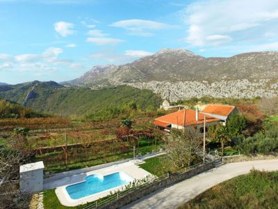 Photo for 3 bedroom Villa, sleeps 6 in Kučiće with Pool, Air Con and WiFi