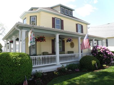 Photo for Victorian on Main Street, Rock Hall MD. Walk to everything! Sleeps 2-4