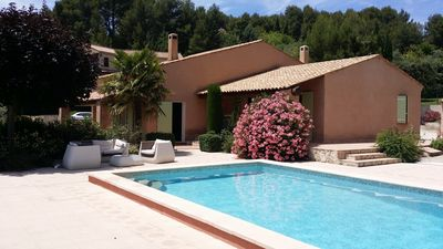 Photo for Villa 8 persons, Large Private Swimming Pool, Clim, Summer Kitchen, Ste Victoire View