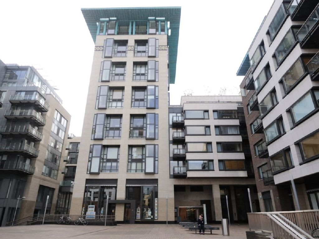 top quality 3-bedroom duplex apt. in - homeaway arran quay