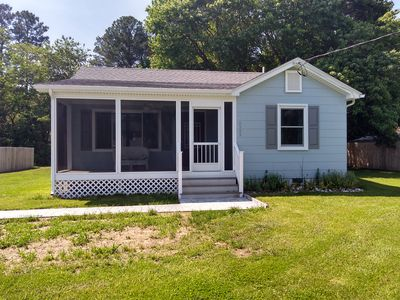 Photo for Fully remodel 2 bedroom country cottage with views of Dogwood harbor.