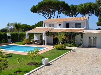 Photo for Beautiful detached Villa with private heated pool. Completely secluded.