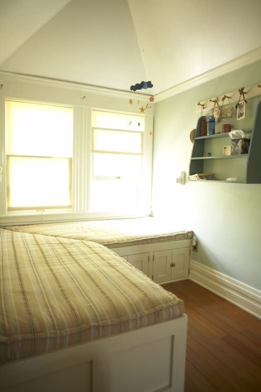 Upstairs bedroom with window bench beds. Ideal for children