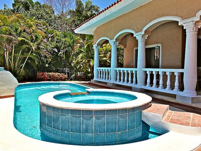 Photo for Guest-friendly villa with private pool, garden, outdoor jacuzzi, TV, near beach!