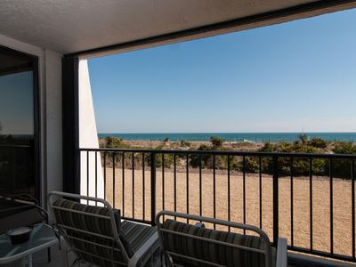 Photo for Oceanfront condo with an enchanting view and resort style amenities!