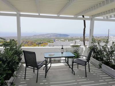 Photo for Brand new studio with great view to the sea and the vineyards