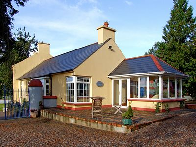 Photo for THE GRANARY, pet friendly in Lismore, County Waterford, Ref 3694