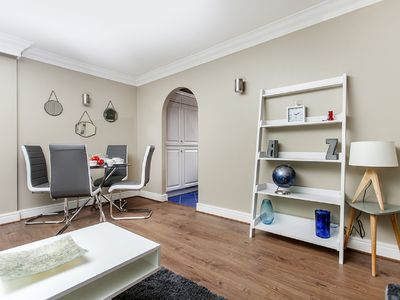 Photo for Luxury 2 bed apartment near Warren Street station