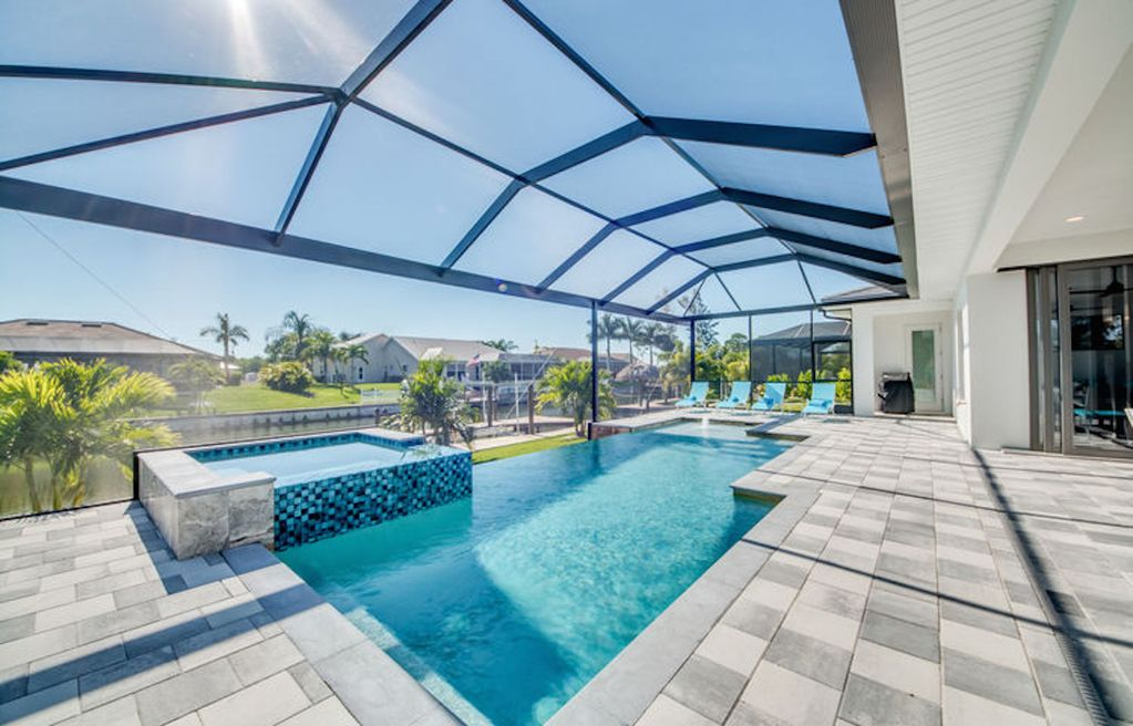 New villa in cape coral with infinity pool your best - Florida condo swimming pool rules ...