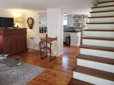 Centrally located 1-bedroom cottage with private backyard