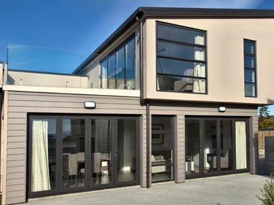 Photo for Tenby 3 Bedroom Apartment