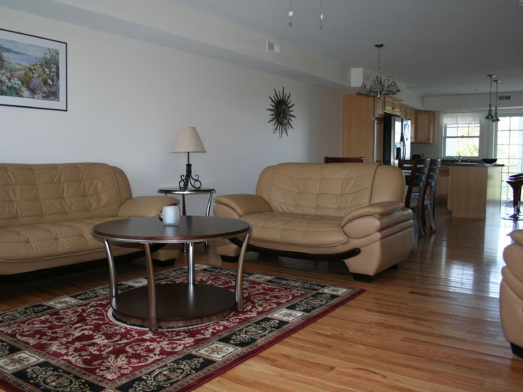 Luxury Condo/Townhouse....steps from beautiful white sand beach..