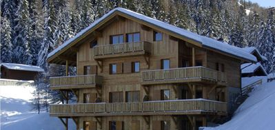Photo for CONTEMPORARY CHALET APARTMENT,  WIFI, FREE BUS,  SPECTACULAR VIEWS