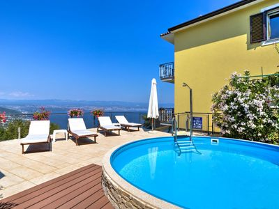 Photo for 2 bedroom Apartment, sleeps 5 in Lovran with Pool, Air Con and WiFi