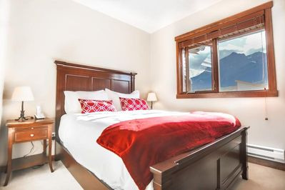 """Master Bedroom with 3 piece ensuite and 32"""" Smart TV"""