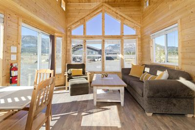 The Lonsdale living room with one of a kind views of Mammoth Mountain Ski Area