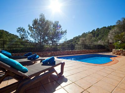 Photo for Beautiful Tranquil Villa, Very private but close to ammeneties