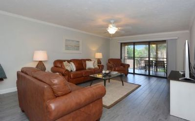 Photo for Buttonwood 422 - 3 Bedroom Condo with Private Beach with lounge chairs & umbrella provided, 2 Pools, Fitness Center and Tennis Courts.